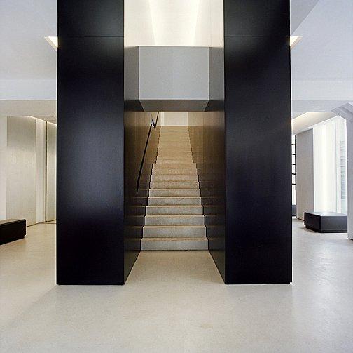 HLParis-Stairwell01x.jpg