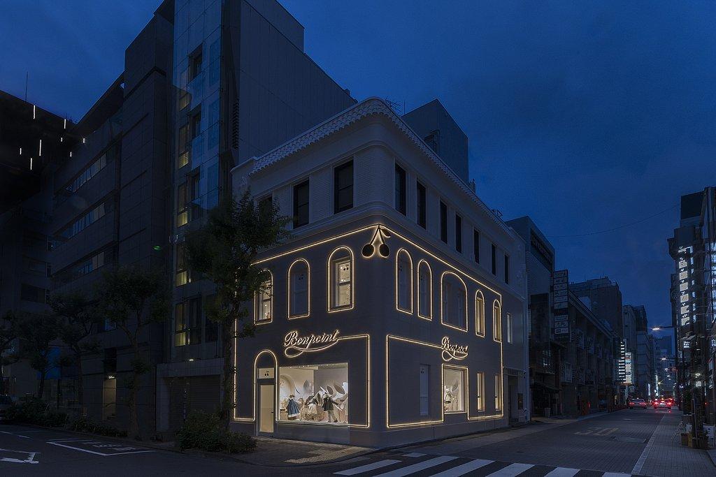 Bonpoint-Ginza-night-facades.jpg